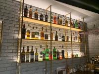 Стеллаж барный торговый на металлическом каркасе  ЛОФТ