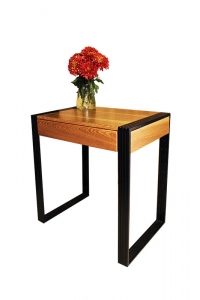 Стол для маникюра с выдвижным ящиком