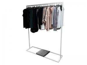 Стойка для одежды металлическая