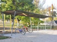 Bicycle parking with a canopy Kompred